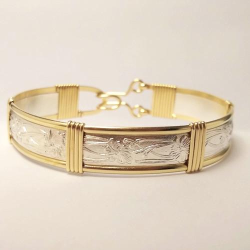 18-0421.27  Pattern Wire Bracelet
