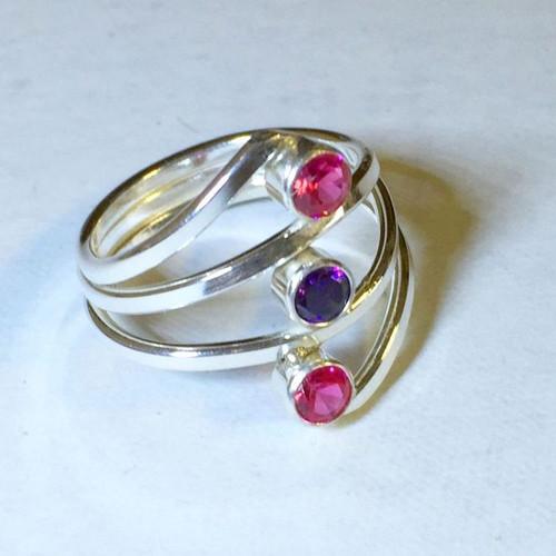 15-0421.34 3 Stone Ring