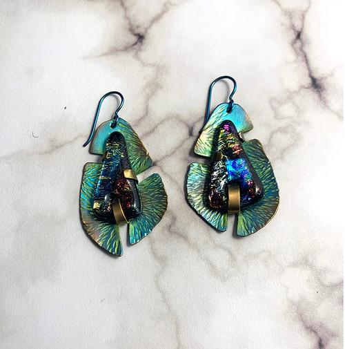 24-1021.23 Cab Set Niobium Earrings