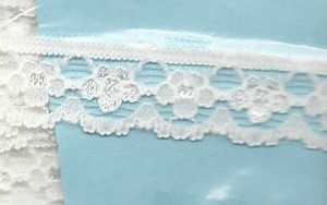 4190012 - Lace: White