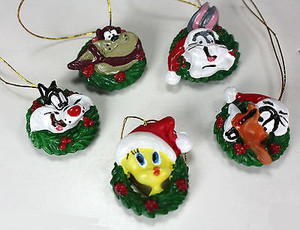 37622 - Christmas Ornaments - Looney Tunes