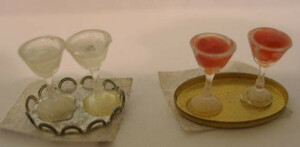 5166 - Wine Glasses & Tray Set
