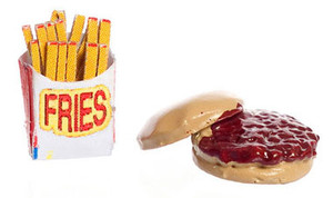 Dollhouse Miniature - FA21173 - Hamburger & Fries