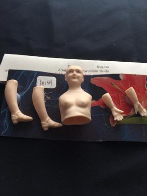 Dollhouse Doll Kit - Daisy Sandal Shoe