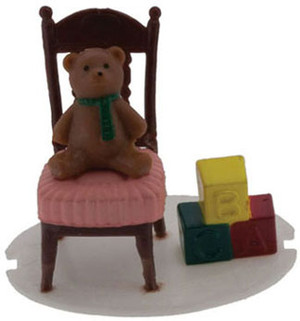 IM65157 - Bear on a chair
