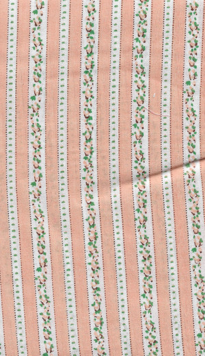 "41901071 - Fabric:  White with Peach Lines and Flowers - 6"" x 11"""