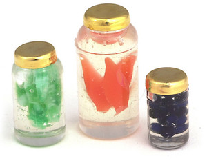 FA11186 - FILLED CANNING JARS/3