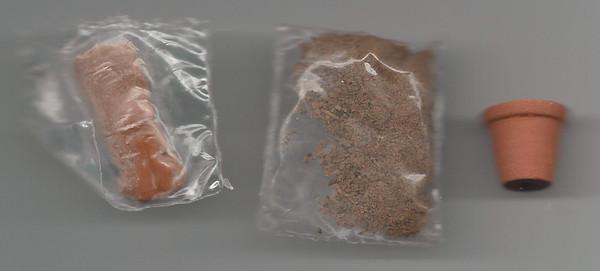 Dollhouse Miniature - FPS001 - Flower Pot with Soil Kit