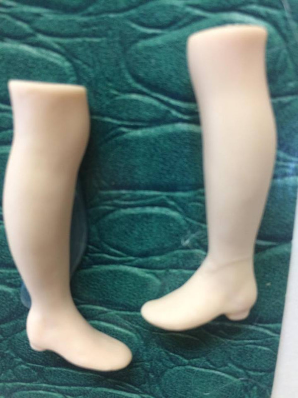Doll Blank - Victor/Victoria Leg and Shoe