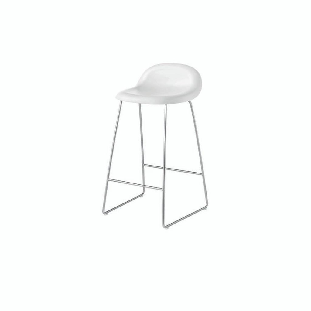 White seat with chrome base