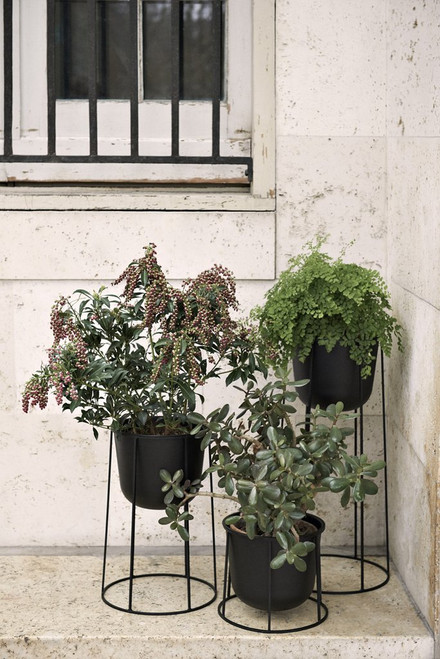 WIRE PLANT POT IN OLIVE