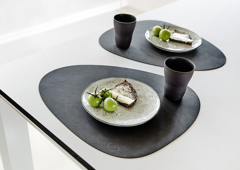 LIND DNA /// DINING IN STYLE