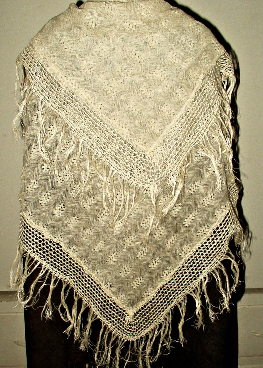 Victorian Fine Knitted Wool Fringed Shawl Baby Blanket  Wrap