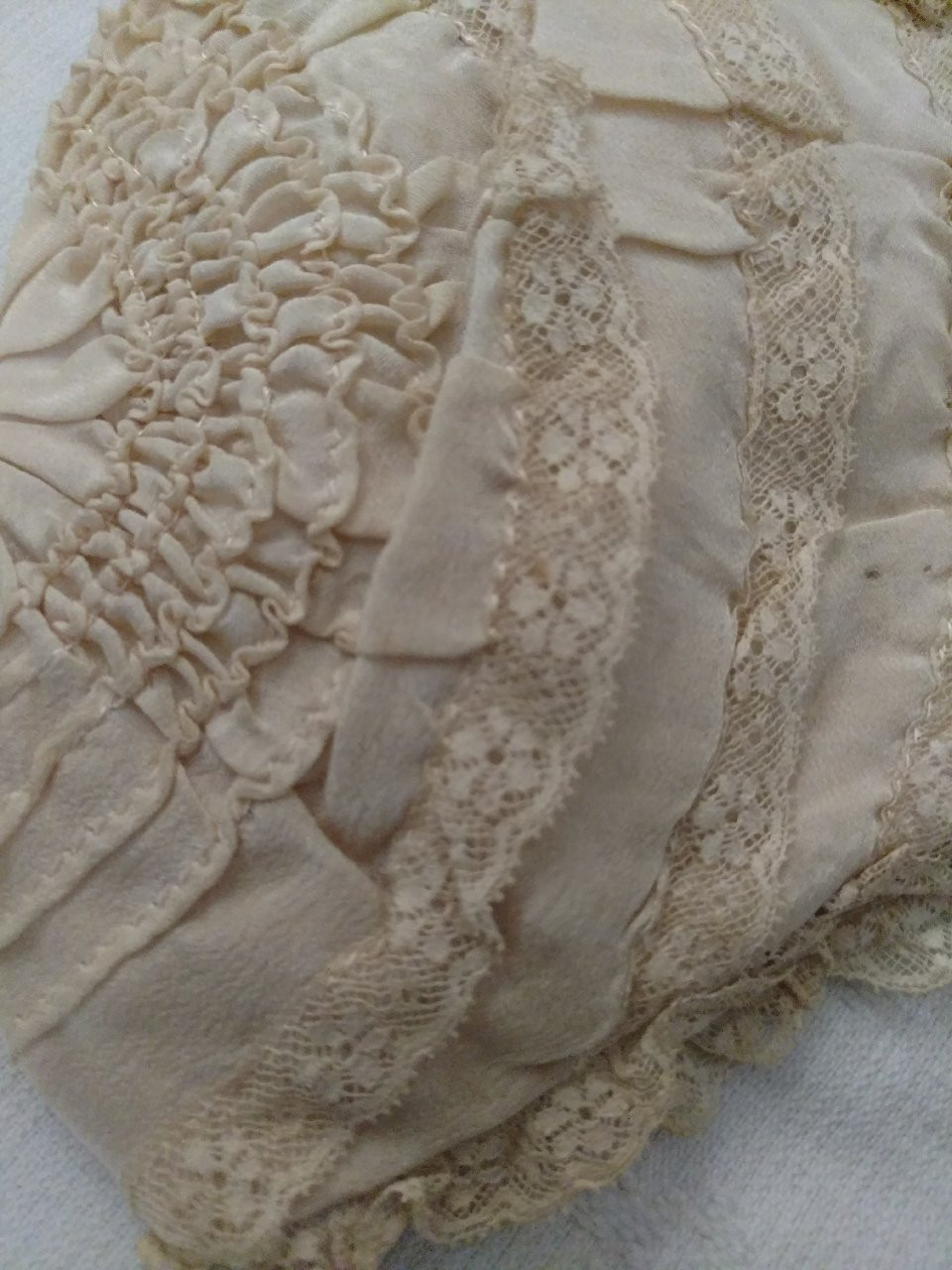 1920s Silk Lace Baby Bonnet Padded Lining Children Vintage