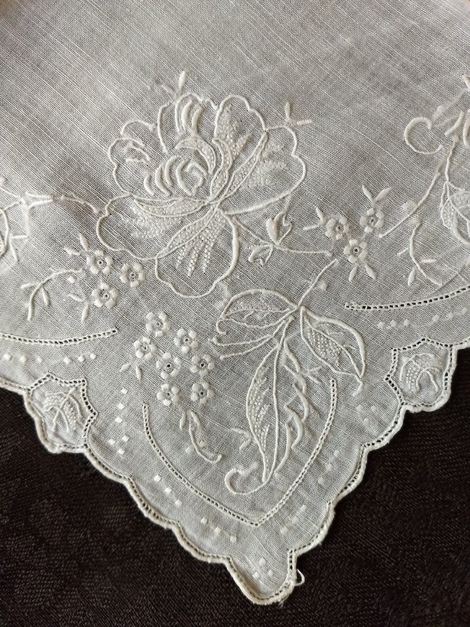 Vintage Madeira Embroidered Hankie Handkerchief  White Rose Flower Border