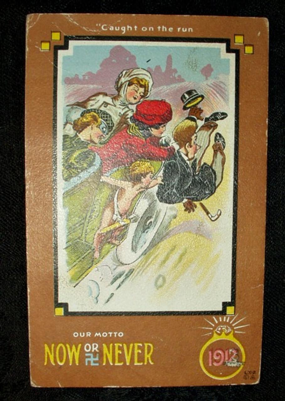 1900 Humorous Comic Women In Auto Catching Man Postcard