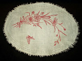 1880 Victorian Turkey Redwork Embroidery Oval Woven Doily Table Mat