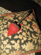 Victorian Sterling Silver Handle Strawberry Sewing Emory 1880s to 1890s