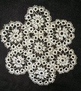 Vintage 1930s Hand Tatted Doily Lace Table Mat Scallop Edge