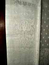 Victorian White Floral Motif Damask Hand Knotted Fringe Linen Towel