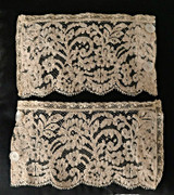 Lace Cuffs Vintage 1930s Alencon Glass Button Fastening