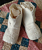 Edwardian 1920s Wool Felt Button Baby Shoes Boots Embroidery Embellishment