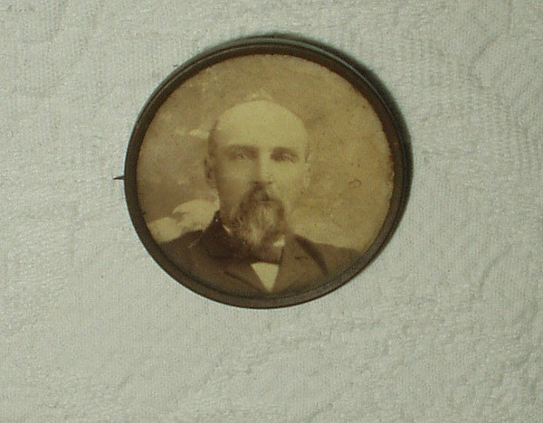 Late Victorian Mourning Memory  Brass Photo Pinback Of Man