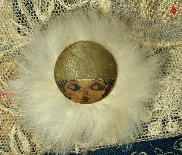 Vintage 1920s Ribbon Flapper Face Button Fur Trimmed Garter Embellishment