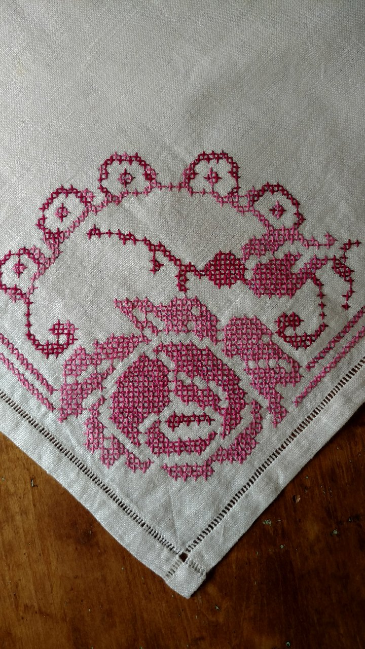 Vintage Embroidered Cross Stitch Table Runner