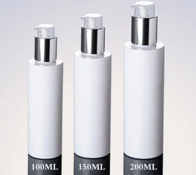 good-quality-white-plastic-square-shoulder-bottle-with-silver-pump-and-lock.png