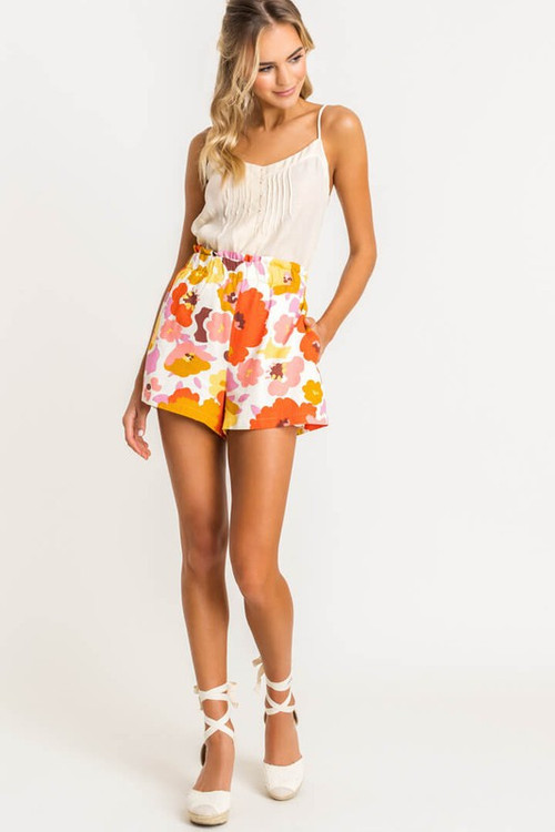 LILA HIGH WAISTED SHORTS IN FLORAL