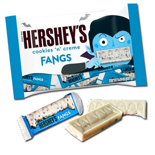 Hershey's Cookies & Creme Fang Snack Size Bars. (20 Count)