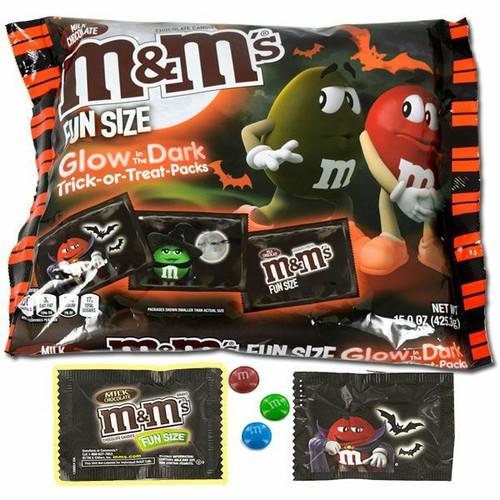 M&M's Glow In Dark Milk Choc Fun Size 15oz Bag