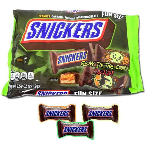 Snickers Glow In The Dark Fun Size 9.59oz Bag