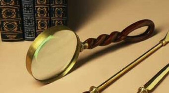 Mahogany Resin with Brass Magnifying Glass, Set of 2