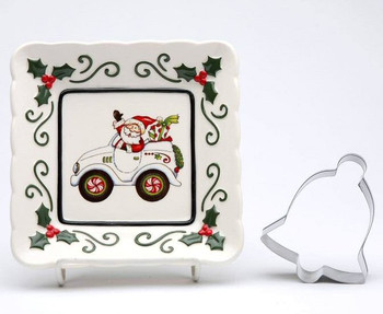 Santa Driving a Car Plates with Cookie Cutter by L Furnell, Set of 3