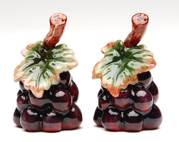 Grape Bunch Porcelain Salt and Pepper Shakers, Set of 4
