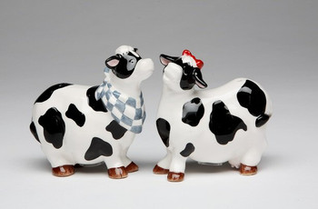Two Cows Ceramic Salt and Pepper Shakers, Set of 4