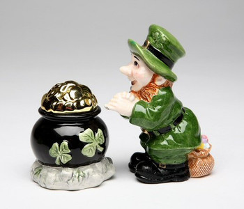 Leprechaun with a Pot of Gold Salt and Pepper Shakers, Set of 4