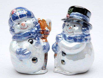 Snowman Couple Porcelain Salt and Pepper Shakers, Set of 4