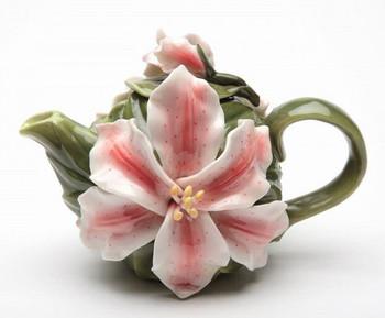 Lily Flower Porcelain Teapot