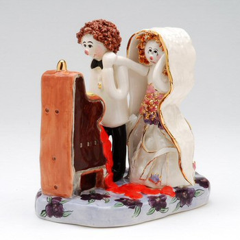 Slot Machine Romance Sculpture