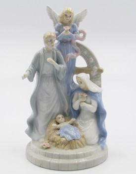 Nativity Scene Porcelain Musical Music Box Sculpture
