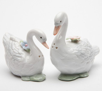 Swan Birds Porcelain Salt and Pepper Shakers, Set of 4