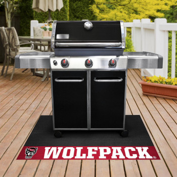 "26"" x 42"" North Carolina State University Wolfpack Red Grill Mat"