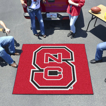 "59.5"" x 71"" North Carolina State University Red Tailgater Mat"