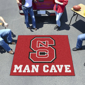 "59.5"" x 71"" North Carolina State University Red Man Cave Tailgater Rectangle Mat"