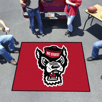 "59.5"" x 71"" North Carolina State University Wolfpack Red Tailgater Mat"