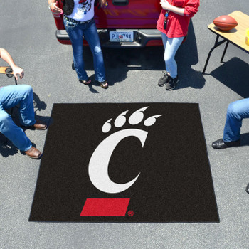 "59.5"" x 71"" University of Cincinnati Black Tailgater Mat"
