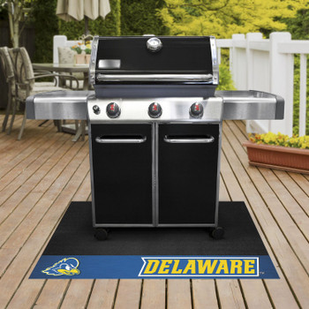 "26"" x 42"" University of Delaware Grill Mat"